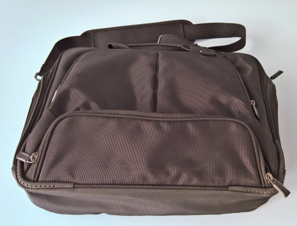 DICOTA Hochwertige 14 Zoll Notebooktasche